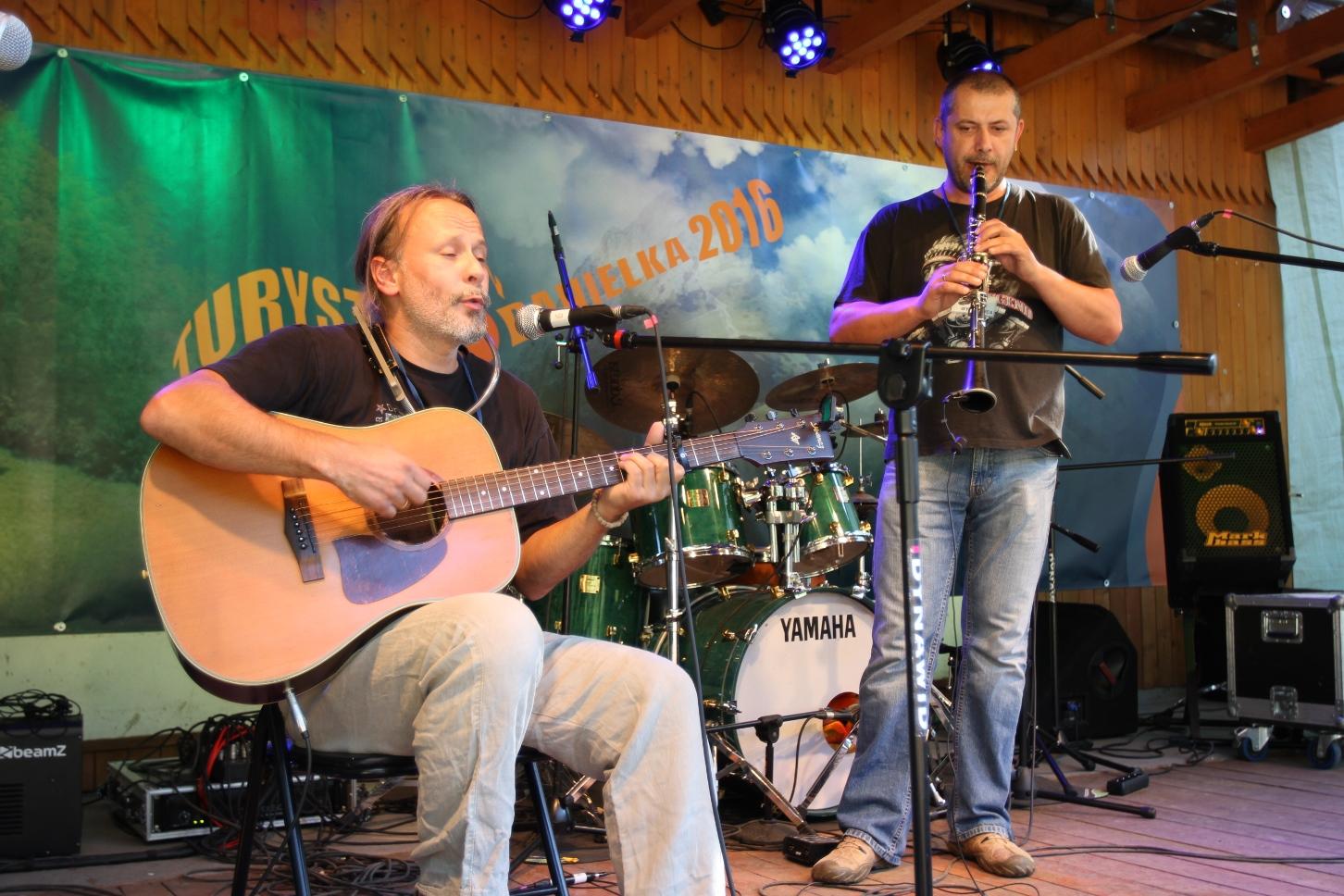 Śpiewniczek 2016, str. 12: Zespół Piosenki Poetyckiej JAK – Oniryczny blues