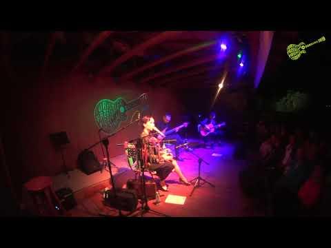 Renata Przemyk Akustik Trio – Babę zesłał Bóg (Danielka 2019)